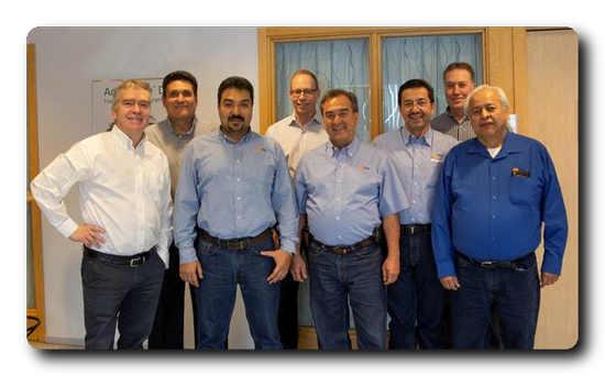 From left: Jan Erikson (Valmet), Dario Palma y Meza (PSF), Julio Rodriguez (PSF), Jan Larsson (Valmet), Fernando De La Torre (PSF), Enrique Zarate (PSF), Anders Lorentzon (Valmet) and Jose Luis Emanuel Garcia (PSF).
