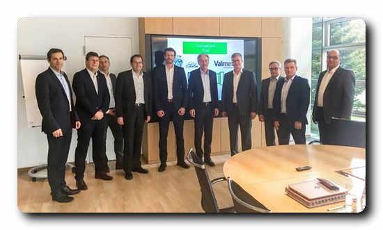 From left: Jürgen Kosse (Palm), Manfred Eberhardt (Valmet), Dr. Andreas Haas (Palm), Stephan Gruber (Palm), Tobias Hain (Valmet), Dr. Wolfgang Palm (Palm), Pasi Laine, Jari Vähäpesola, Harri Heikkilä and Juha Kivimaa (all from Valmet)